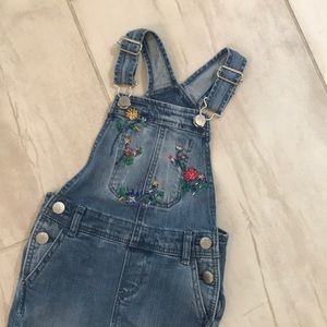 Baby gap 2T toddler overalls floral embroidery